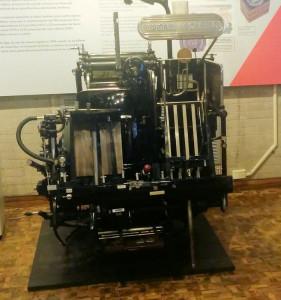 Máquina firmadora